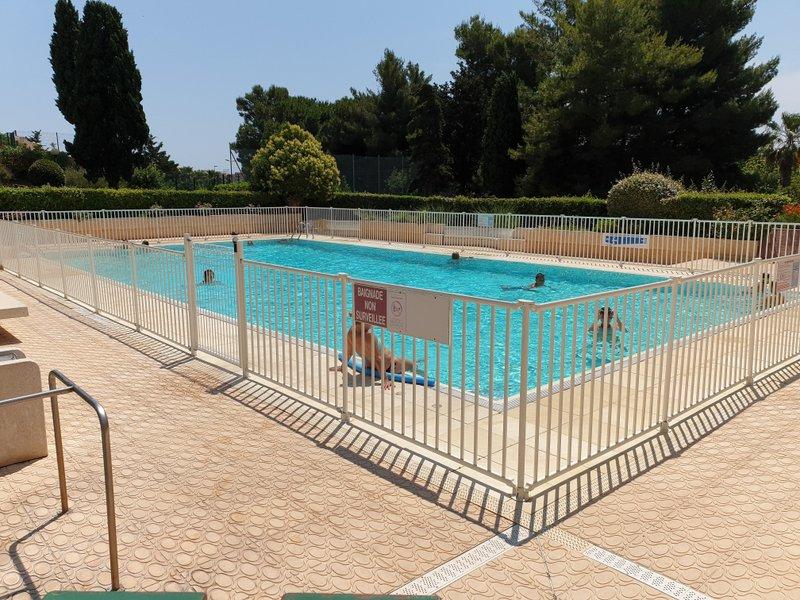 Appartement neuf Agde - Appartement Meublé De 36 M2 Avec Place De Parking, Piscine, Tennis Boulodrome Et Terrasse De 13 M2