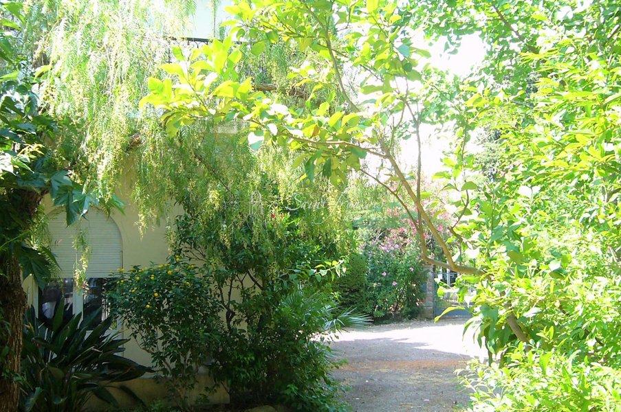 Maison neuve Fréjus - Spécial Investissement Locatif, Maison Individuelle Divisée En 3 Appartements Loués, Fréjus Centre