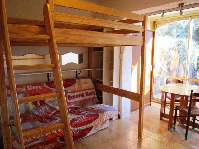 Appartement neuf Hyères - Location Meublée à L'année